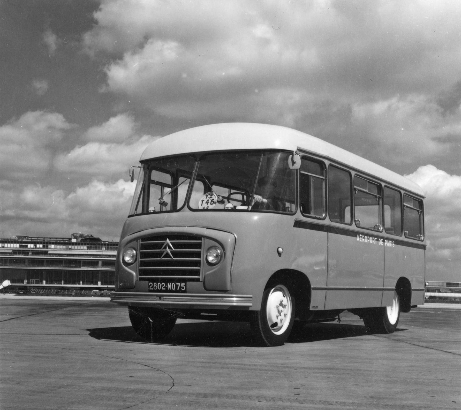 Paris Airport Citroën Bus
